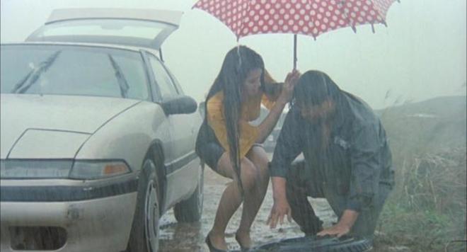 Cô đào thả vòng 1 diễn cảnh dưới mưa, đời thực sống thế này!-2