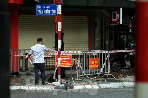 KHẨN: Tìm người từng đến cửa hàng bánh bao ở Trần Nhân Tông, Hà Nội-1