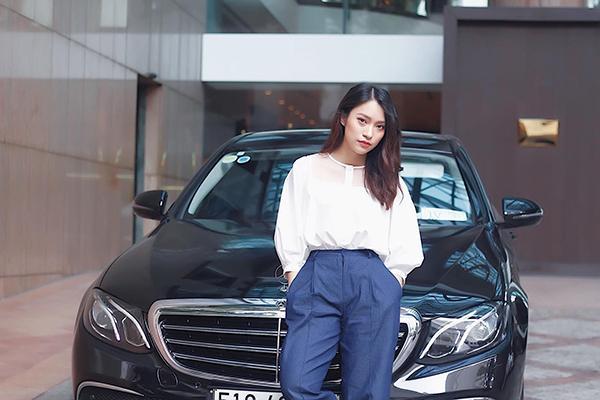 Khánh Vy 22 tuổi làm MC nổi tiếng, dân mạng lầy lội show tuổi 22-4