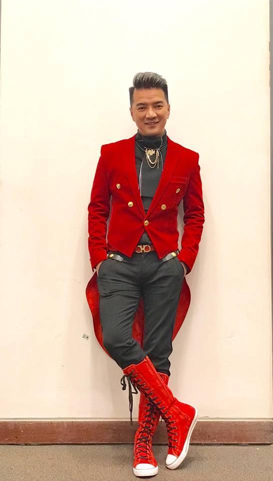 Đàm Vĩnh Hưng mặc style Fuho hát trong tiệc bà Phương Hằng-11