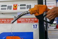 Giá xăng dầu đồng loạt tăng kể từ 15h chiều nay 25/9