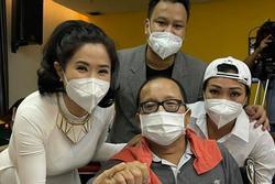 Hình ảnh mới của nghệ sĩ Trần Mạnh Tuấn sau hơn 1 tháng nằm viện