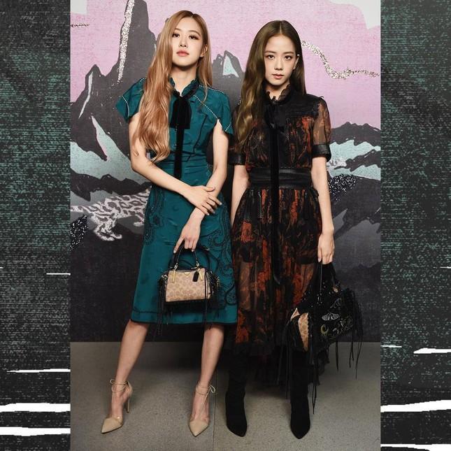 Loạt outfit BLACKPINK tham dự Fashion Week: Ai đỉnh nhất?-6