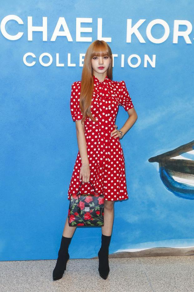 Loạt outfit BLACKPINK tham dự Fashion Week: Ai đỉnh nhất?-9