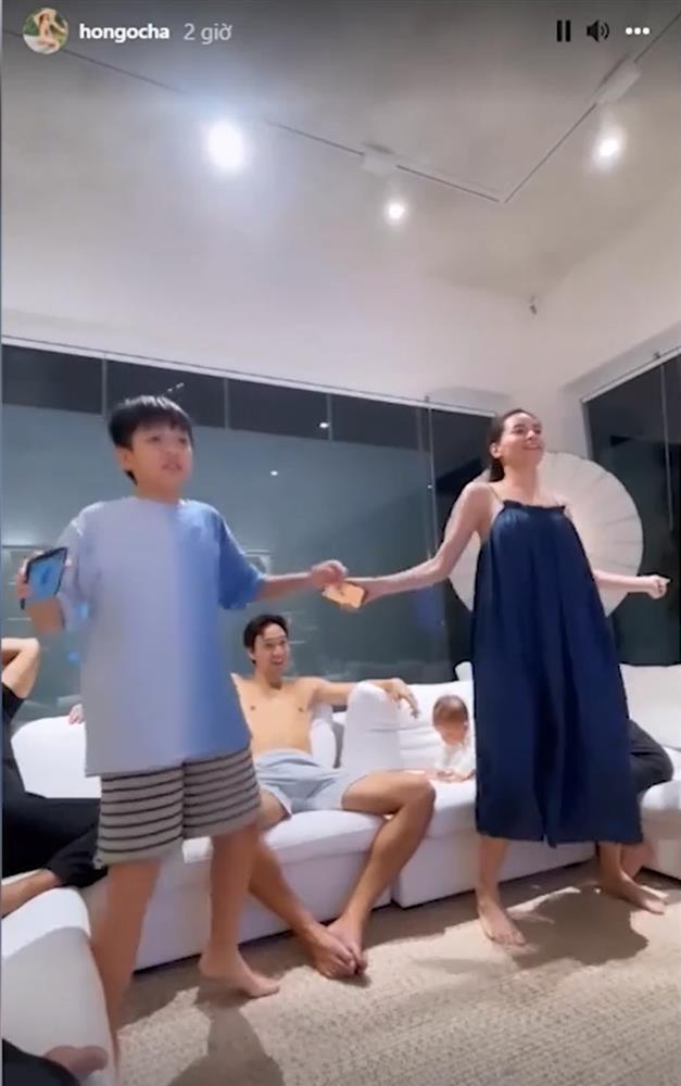Kim Lý phải bảo vệ Lisa khi Hồ Ngọc Hà nhảy cùng Subeo-2