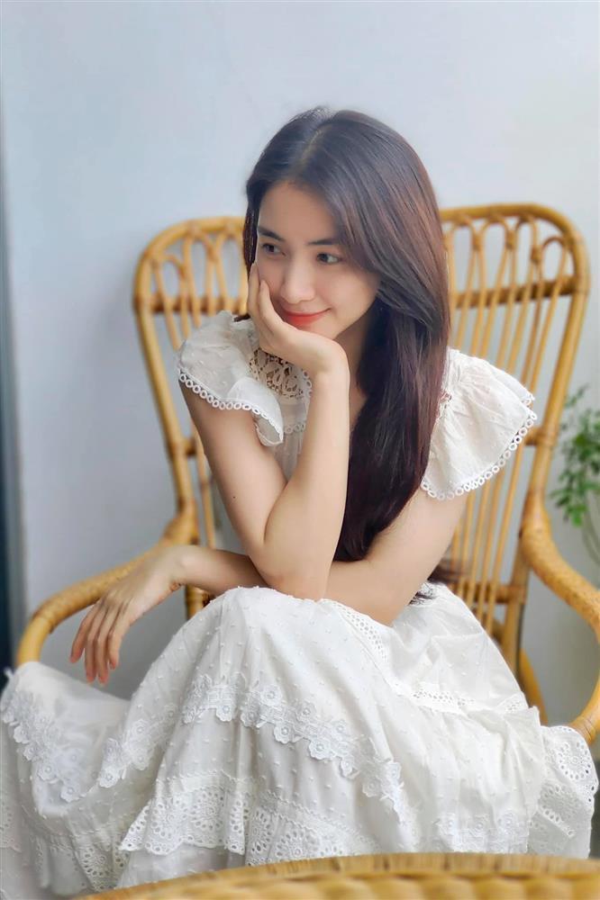 Hòa Minzy công khai bụng nát tươm sau 2 năm sinh nở-1