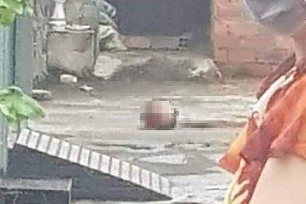 SỐC: 1 thi thể đầu lìa khỏi xác trong khu dân cư ở TP.HCM-1