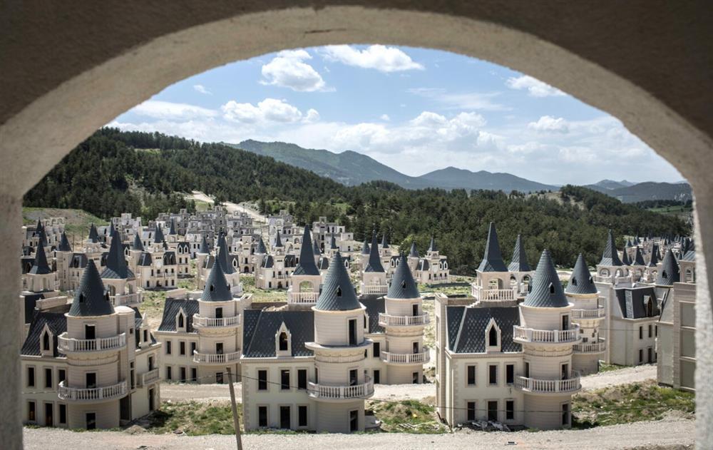Bí mật đằng sau thị trấn ma cổ tích của Thổ Nhĩ Kỳ-1