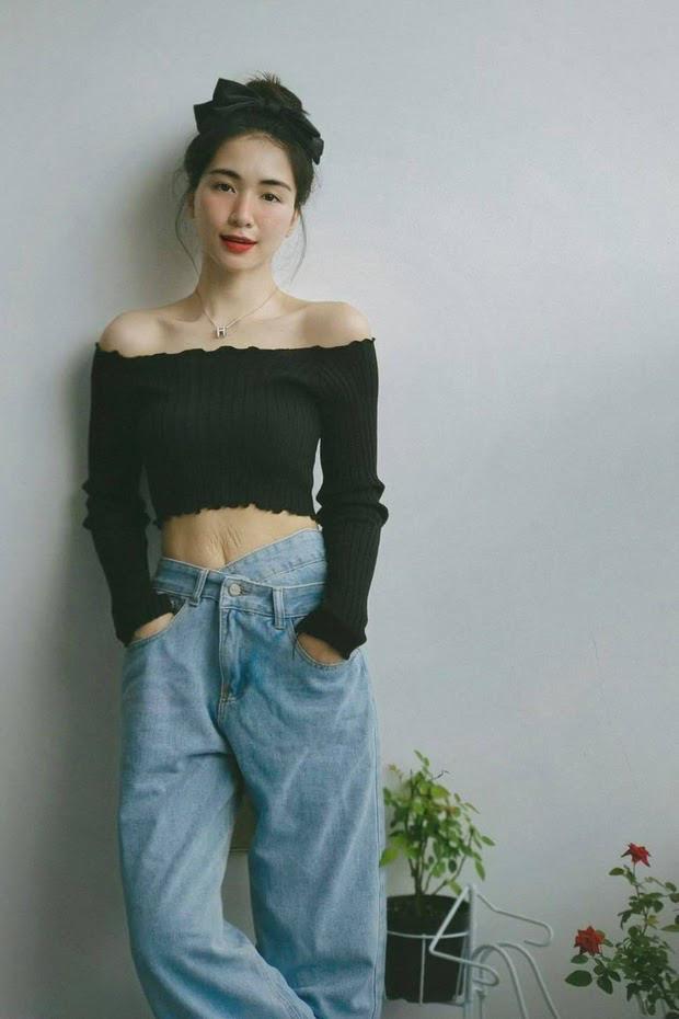 Không chỉ rạn chi chít bụng, Hòa Minzy còn rụng hết tóc-6