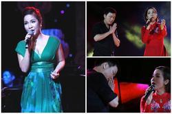 Hết hồn fan cuồng lao lên sân khấu chắp tay 'vái lạy' Mỹ Linh