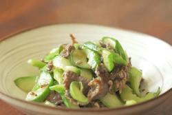 Cách làm thịt bò xào dưa leo đơn giản cho người ít vào bếp