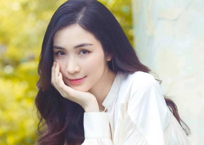 Chiếc bụng rạn của Hòa Minzy: Phụ nữ hãy yêu thương cơ thể mình!-3