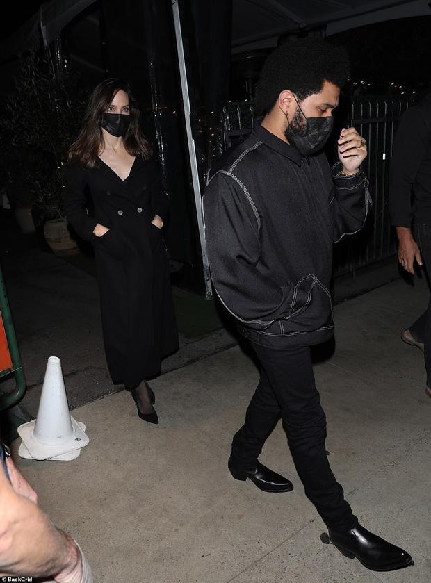 Angelina Jolie bị tóm gọn khoảnh khắc hẹn hò The Weeknd-5