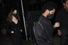 Angelina Jolie bị 'tóm gọn' khoảnh khắc hẹn hò The Weeknd