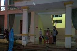 3 cô gái trẻ xuôi sông Đáy từ vùng có dịch Covid-19 nhằm trốn cách ly