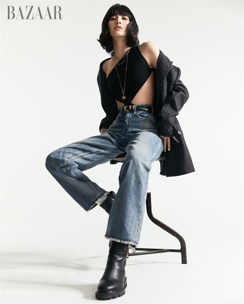 Chân ái giúp Lisa hack dáng như người mẫu!-1