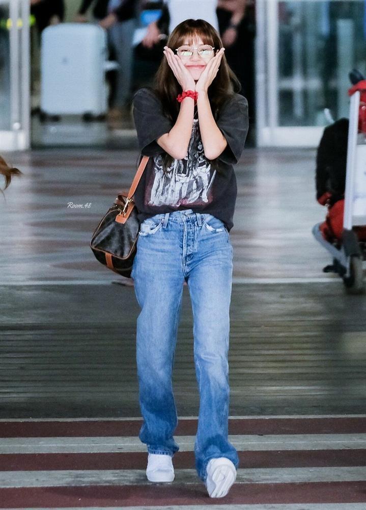 Chân ái giúp Lisa hack dáng như người mẫu!-7