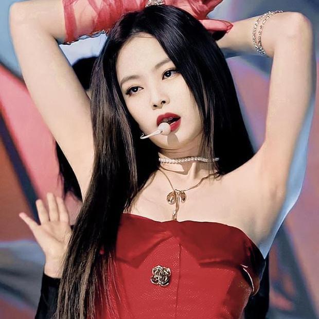 Knet kêu gào khi Jennie BLACKPINK bị YG cất trong tủ quá lâu-3