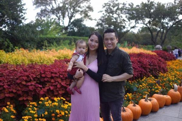 Pose dáng với bí ngô: Chi Pu được khen - Phạm Hương nhận đá-8