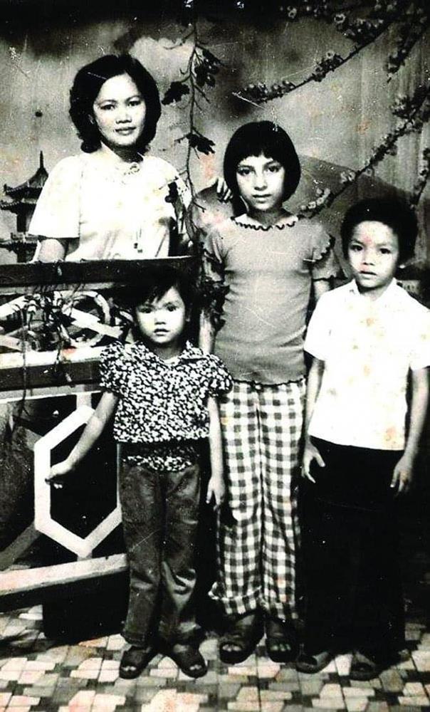Ảnh thời trẻ xứng danh giai nhân làng nhạc của Phi Nhung-2