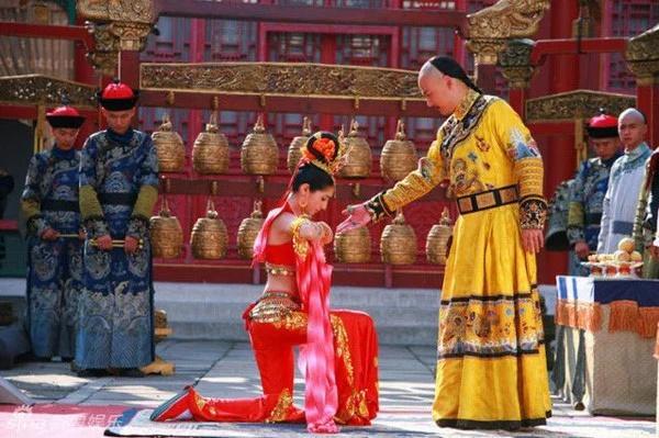 Thú ăn chơi sa đọa nhất lịch sử Trung Quốc của vua Càn Long-1