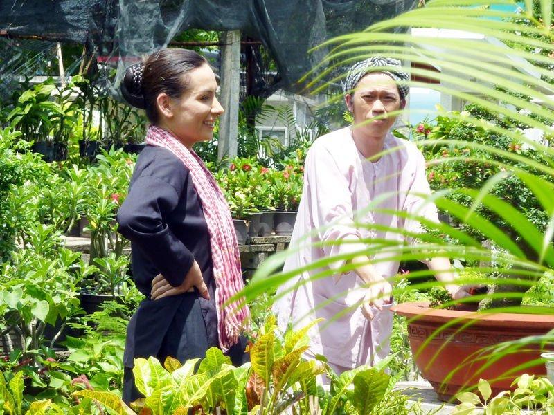 Phi Nhung từng 2 lần làm vợ của Hoài Linh trên màn ảnh-2