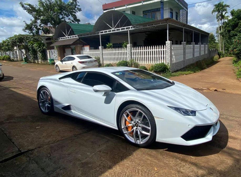 Hé lộ gia thế thanh niên 23 tuổi tậu Lamborghini 13 tỷ ở Đắk Lắk-2