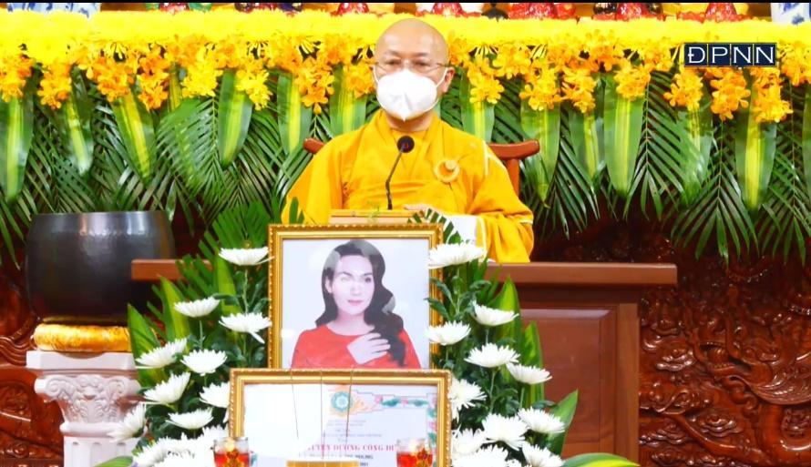Lễ cầu siêu ca sĩ Phi Nhung: Trao bằng tuyên dương công đức-8