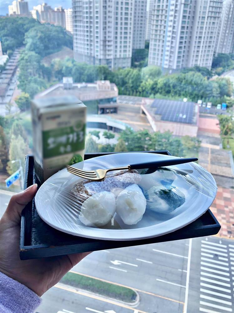 Hot girl khoe bữa ăn ở cữ, nhìn view nhà mê chữ ê kéo dài-5