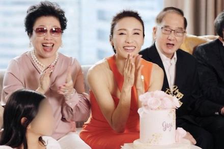 Lê Tư đón tuổi 50, nhan sắc không hổ 'đệ nhất mỹ nhân TVB'