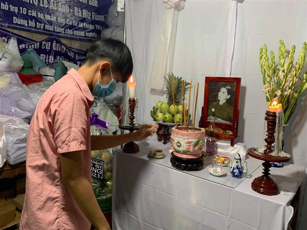 Người dân miền Tây lập tang, cùng tưởng nhớ Phi Nhung-9