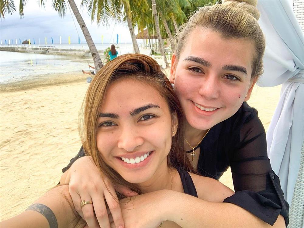 Người yêu đồng tính của tân Hoa hậu Hoàn vũ Philippines 2021-9