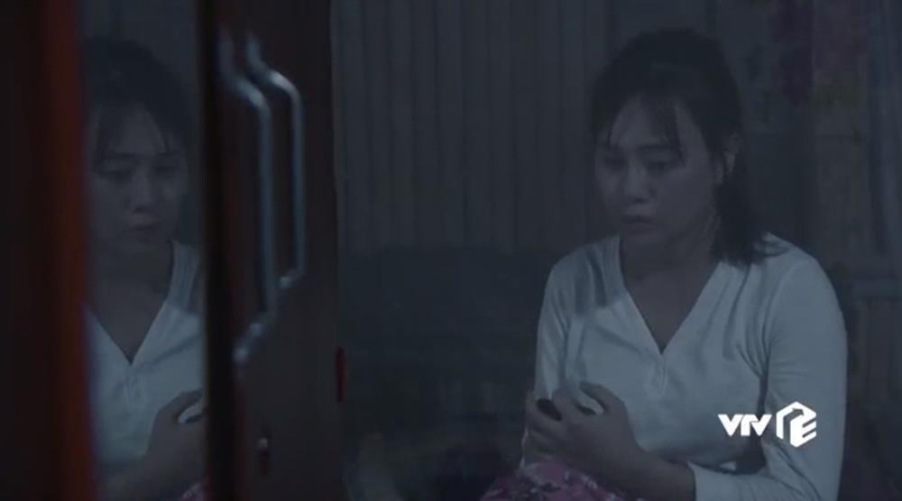 Hương Vị Tình Thân: Nam lưu tên Long trong điện thoại là gì?-4