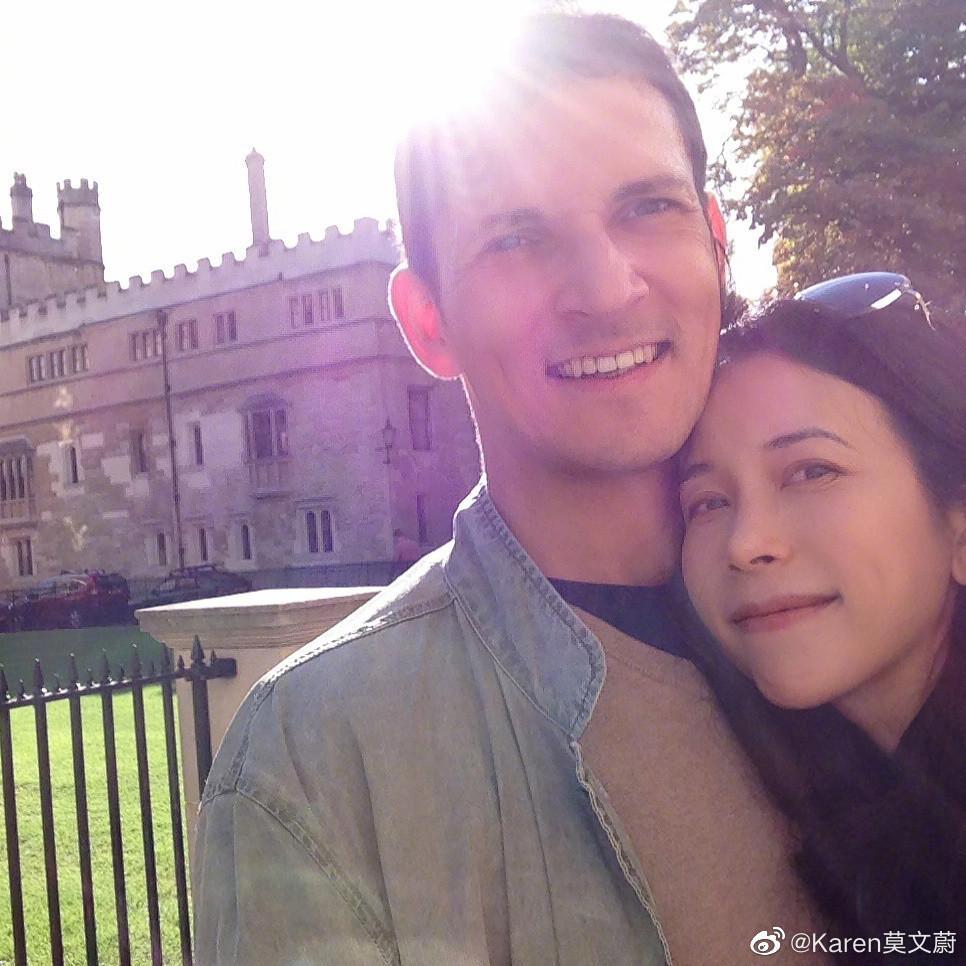 Hôn nhân 10 năm không con cái của Mạc Văn Úy và chồng Tây-2