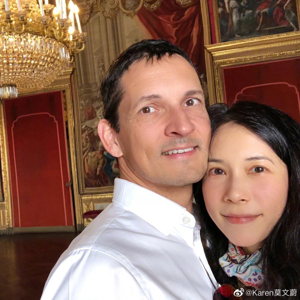Hôn nhân 10 năm không con cái của Mạc Văn Úy và chồng Tây-6
