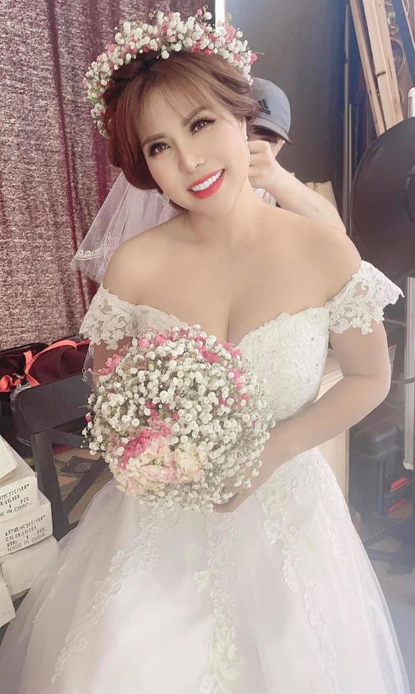 Hoàng Anh xuất hiện ở hậu trường chụp ảnh cưới cùng Thắm Bebe-3