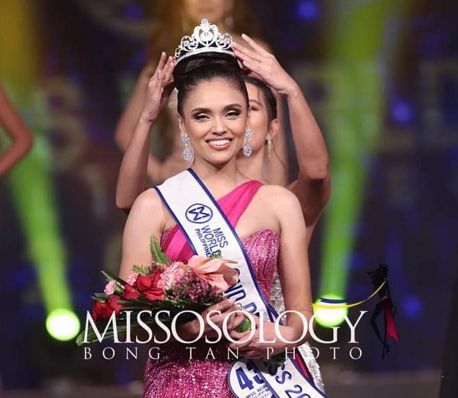 Người đẹp Philippines từ bỏ danh hiệu Á hậu sau 2 ngày-1