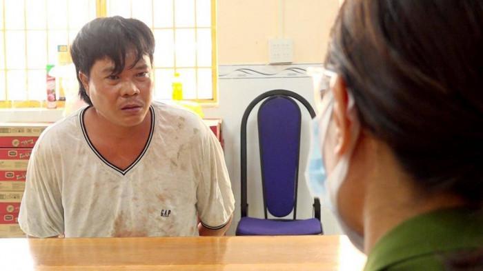 Đang giặt đồ, người phụ nữ bị gã đàn ông lao tới đâm tử vong-3