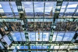Đài quan sát đáy kính cao hơn 300m ở New York