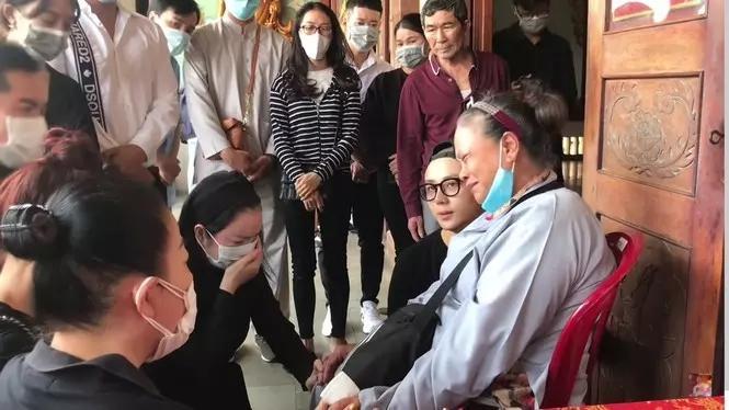 Hoa hậu Phương Lê - bà tám showbiz thế hệ mới?-3