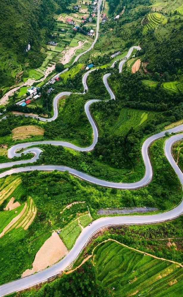 3 đoạn đường hiểm trở ở Hà Giang không thua Mã Pí Lèng-3