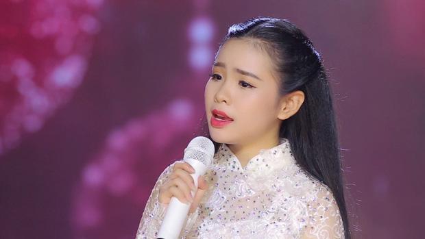 Con nuôi Quỳnh Trang đã rời vòng tay của Phi Nhung trong âm thầm?-6