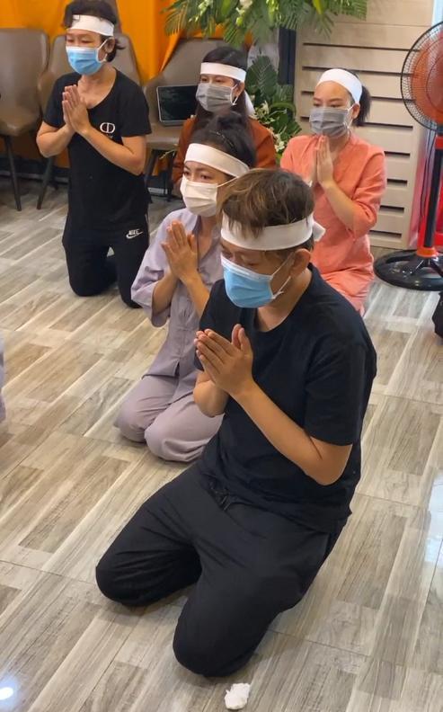 2 mẹ con Hồ Văn Cường chỉ mặc 1 cái áo trong suốt 10 ngày-7