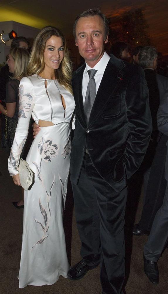 Cựu Hoa hậu và vụ ly hôn với chồng tỷ phú lừng danh-3