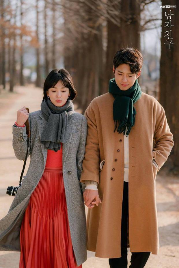 Song Hye Kyo và dàn tình trẻ màn ảnh: Song Joong Ki hợp mà toang-4