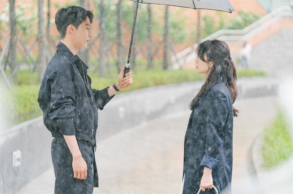 Song Hye Kyo và dàn tình trẻ màn ảnh: Song Joong Ki hợp mà toang-7