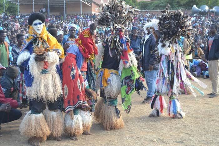 Những điều kỳ lạ về bộ lạc lớn nhất của Zambia-5