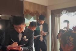 Toát mồ hôi chú rể test IELTS Listening trong ngày đón dâu