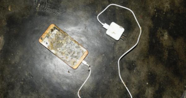 Nổ điện thoại khi học online, bé lớp 5 tử vong thương tâm-1