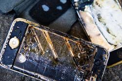 Bé lớp 5 học online tử vong vì nổ điện thoại: Lãnh đạo tỉnh nói gì?